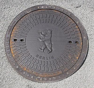 Gully Kanaldeckel Schachtdeckel Klasse A15.50 mit Berlin Wappen
