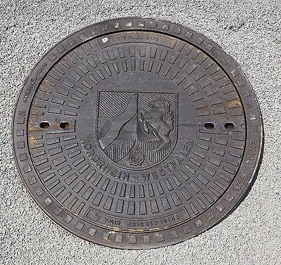 Gully Kanaldeckel Gullydeckel Schachtdeckel NRW Wappen Nordrhein-Westfalen